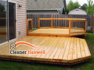 wooden-deck-cleaning-hanwell